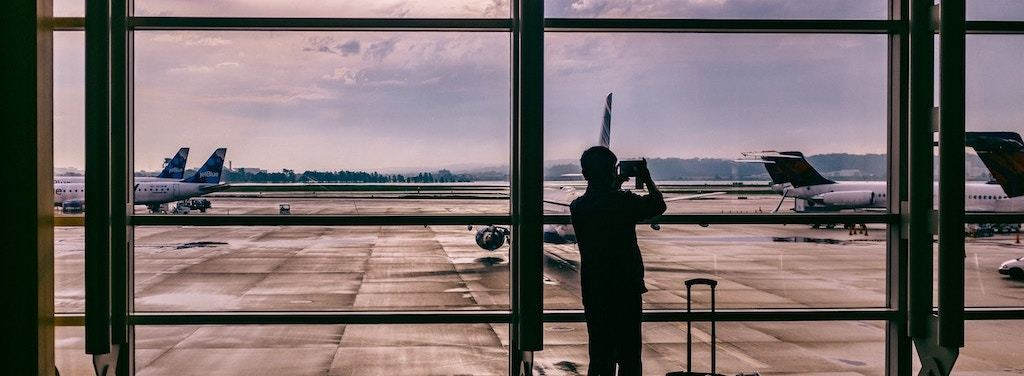 Need to Change Flight? This is How Much it Could Cost You - AirHelp