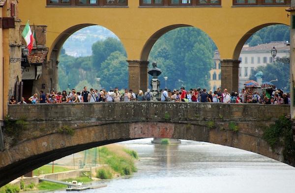 Bridge full of tourists in Italy