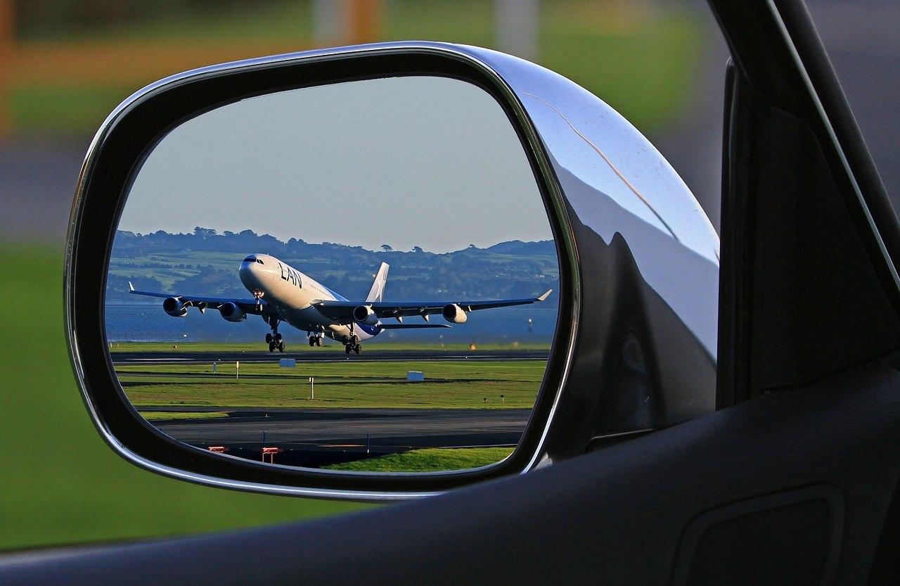 Zo goedkoop mogelijk parkeren bij een vliegveld