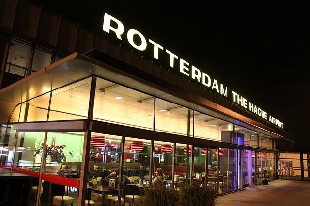 Goedkoop parkeren bij vliegveld Rotterdam The Hague