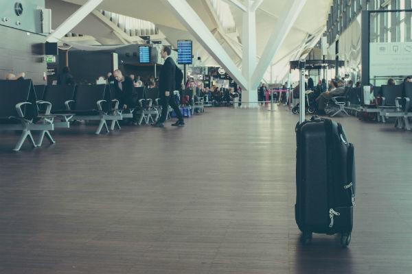 Lentolaukku lentokentällä.