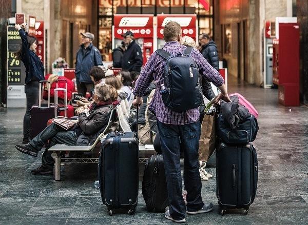 Man med bagage