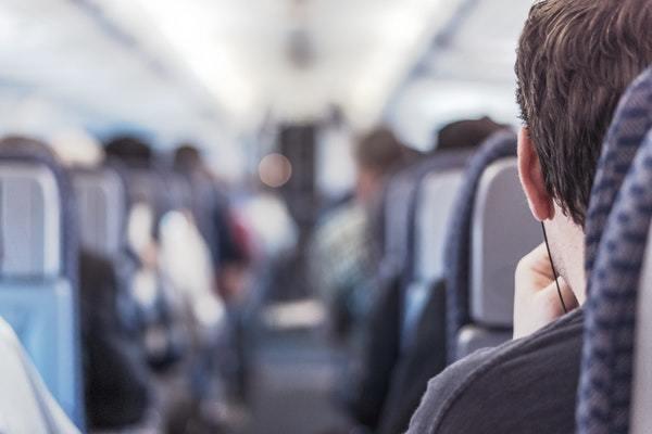 Et ændret lufttryk i flyet giver propper i ørene