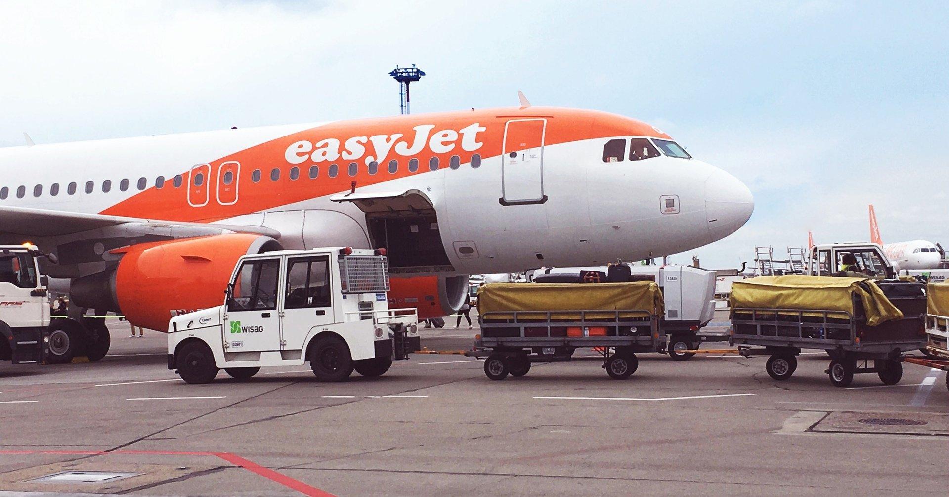 EasyJet flight delay compensation